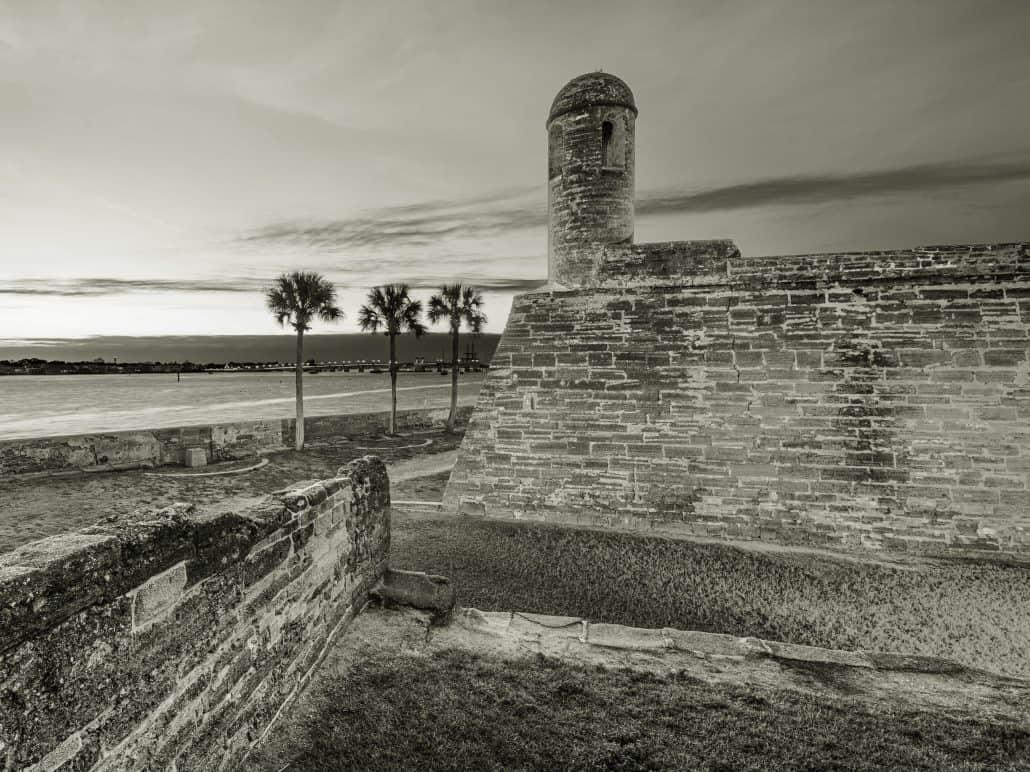 castillo de san marcos - haunted walking tour